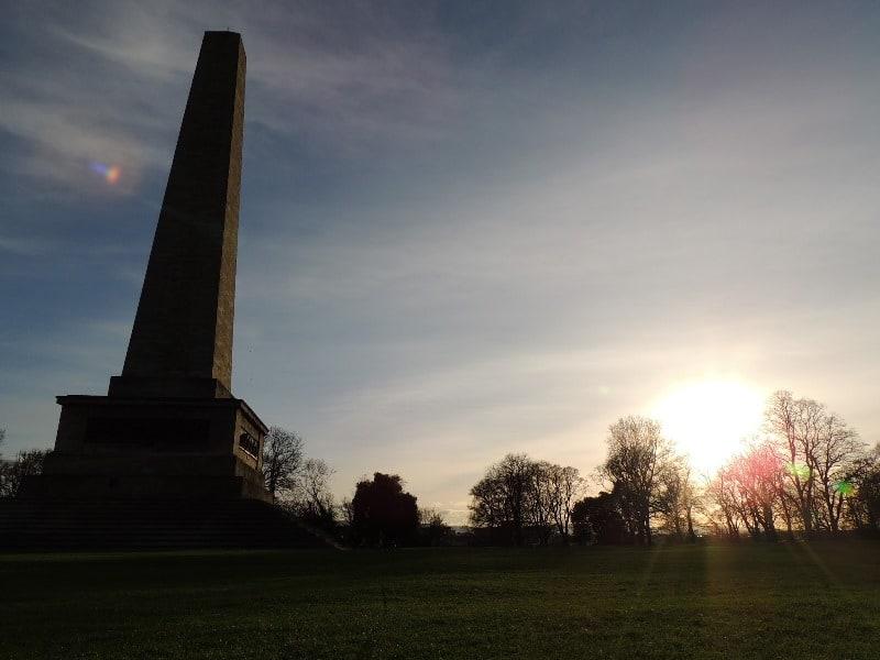 Phoenix Park e o maior obelisco da Europa
