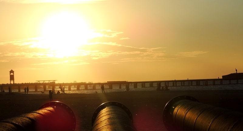 E ficamos por aqui.. com esse lindo Pôr-do-Sol na Praia de Iracema