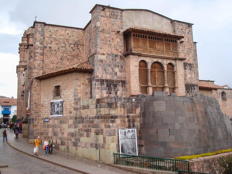 Igreja construída sobre os escombros do Temple do Sol