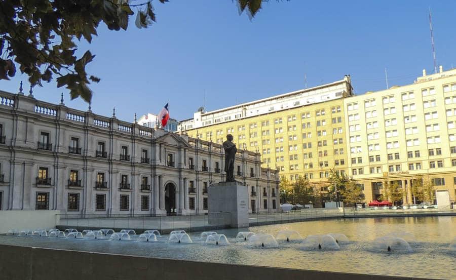 alt-santiago-palacio de la moneda